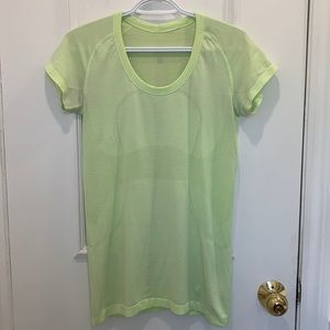 Lululemon Green Workout Top Size 8